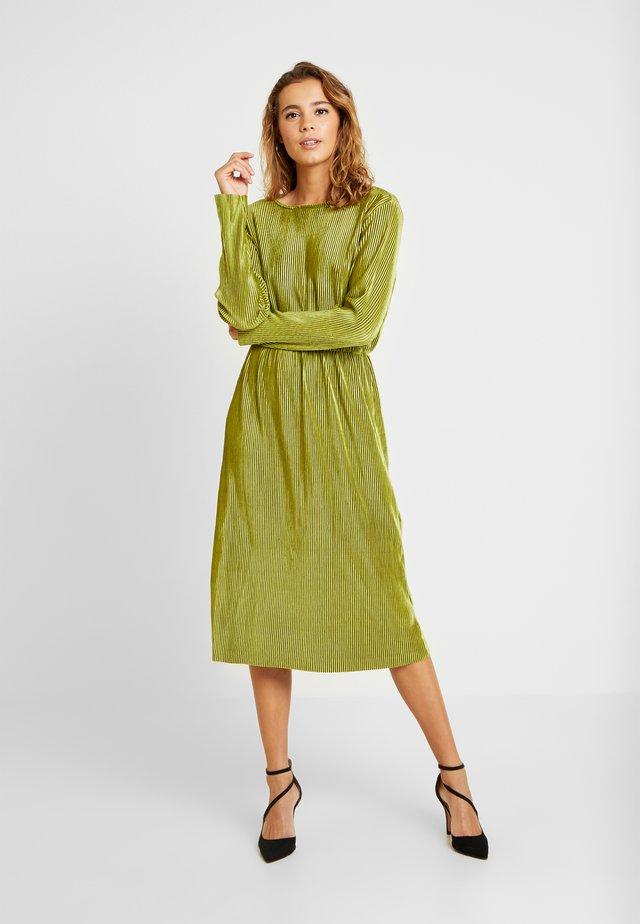 Day dress - light moss green