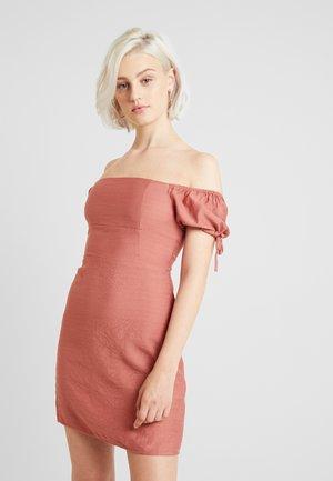 Denní šaty - dark rose