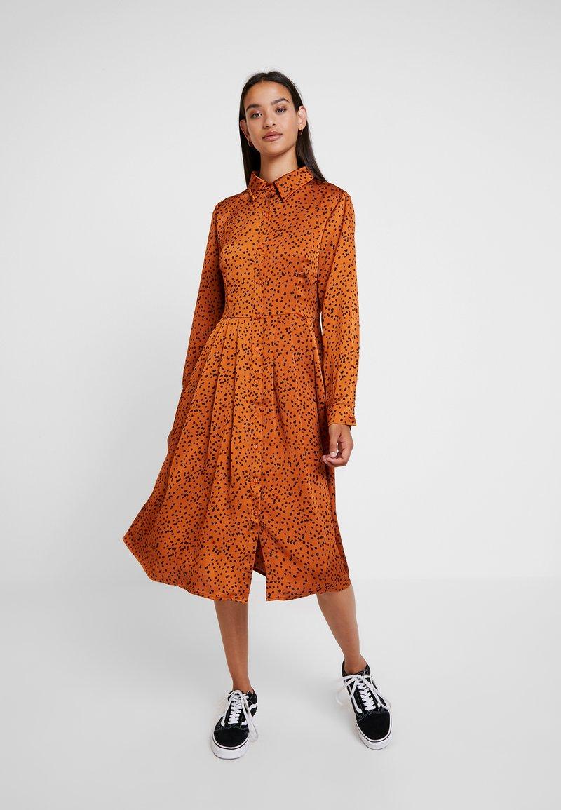 Glamorous - Denní šaty - cognac/black