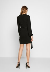 Glamorous - Robe en jersey - black - 2