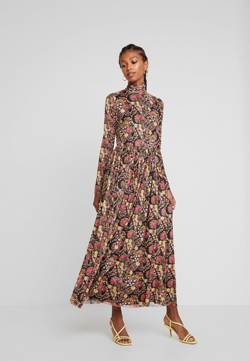 Glamorous - Maxi dress - pink golden