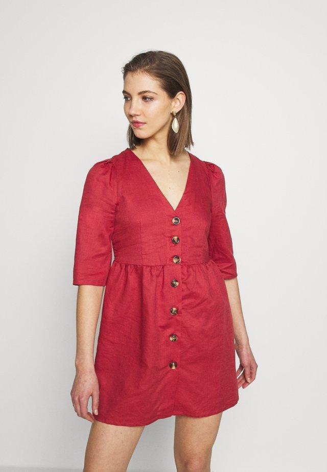 Skjortekjole - faded red