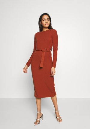 LONG SLEEVE BELTED DRESS - Jersey dress - rust