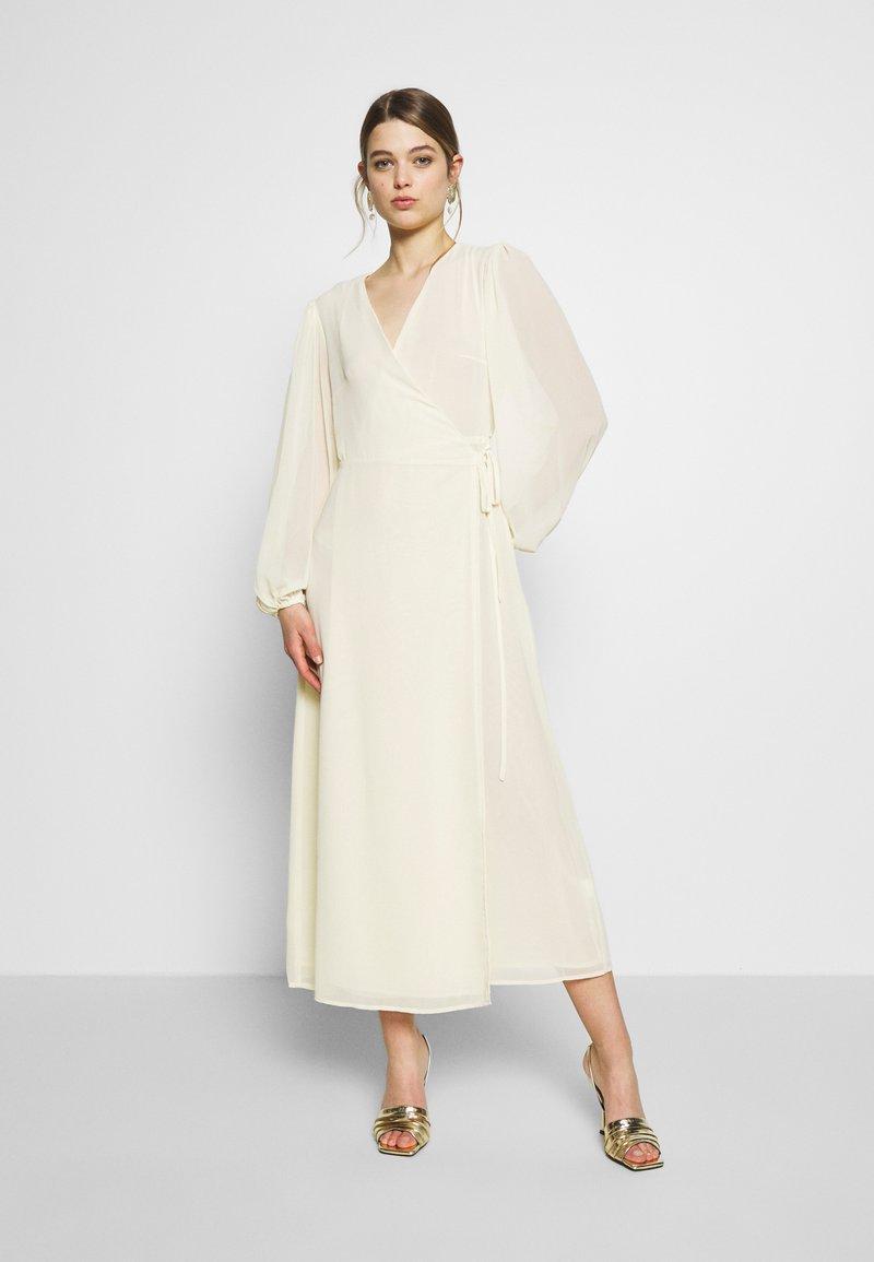 Glamorous - FLORAL LONG SLEEVE WRAP DRESS - Robe longue - pale yellow