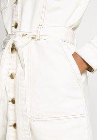 Glamorous - DRESS - Jeanskjole / cowboykjoler - ecru - 5