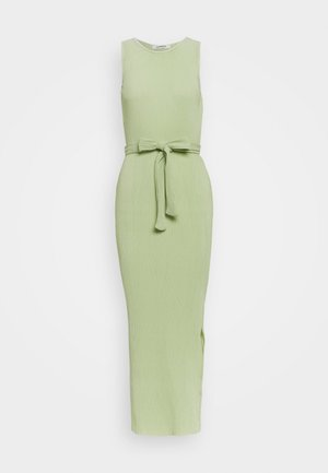 BELTED MIDAXI DRESS WITH SIDE SPLIT - Maxikjole - green