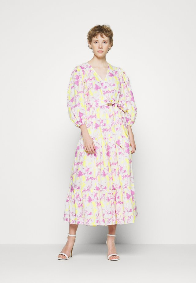 WRAP MIDI DRESS - Maxi šaty - pink/yellow