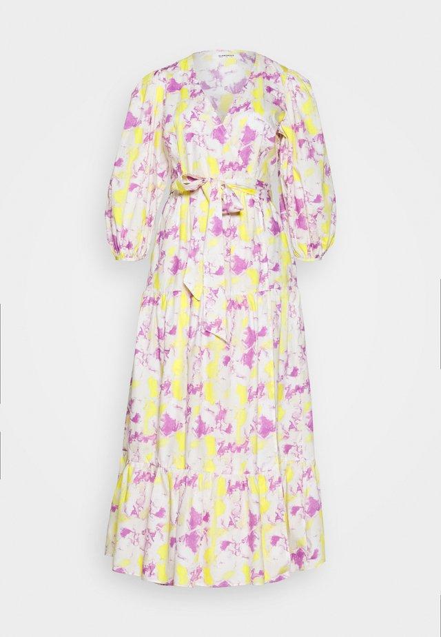 WRAP MIDI DRESS - Denní šaty - pink/yellow