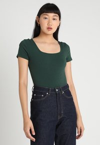 Glamorous - 2 PACK SQUARE NECK BODY  - T-shirt - bas - black/green