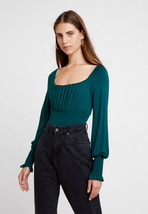 Top - forest green