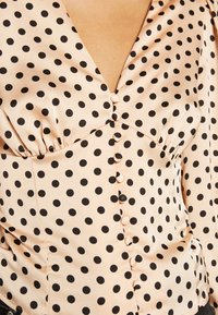 Glamorous - BUTTON FRONT - Blouse - peach black spot - 4