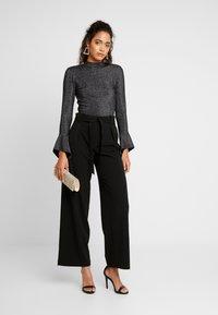 Glamorous - FRIDAY OPEN BACK BODYSUIT - Long sleeved top - black - 1
