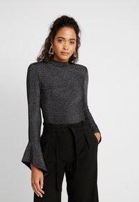 Glamorous - FRIDAY OPEN BACK BODYSUIT - Long sleeved top - black - 0