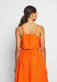 Glamorous - BRODERIE ANGLAIS CROP  - Bluzka - bright orange - 2