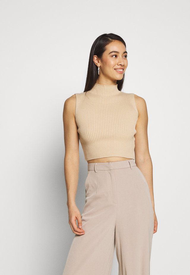 GLAMOROUS CARE KNITTED CROP TOP - Top - camel