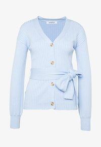 Glamorous - SLOUCHY CARDIGAN WITH BELT - Cardigan - light blue - 4
