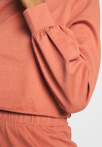 Glamorous - ROLL NECK LONG SLEEVE TOP - Sweatshirt - faded rust - 5