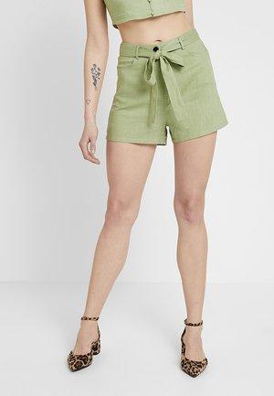 EXCLUSIVE SUMMER CAPSULE - Shorts - pistachio