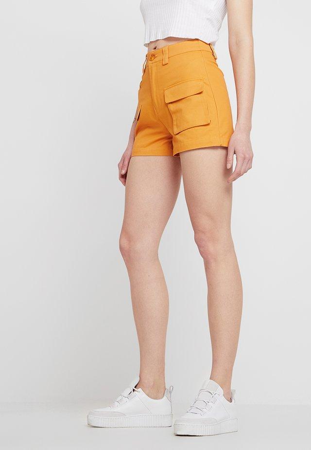 Shorts - marigold