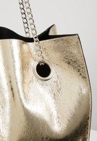 Glamorous - Handtasche - gold - 6
