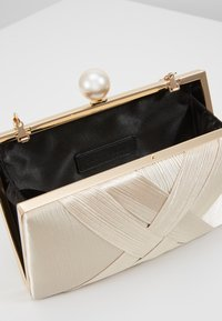 Glamorous - CAO - Clutch - gold-coloured - 3