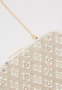 Glamorous - Clutch - pearl - 3