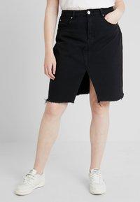 Glamorous Curve - KNEE LENGTH SKIRT WITH FRONT SLIT - Jeansskjørt - black - 0
