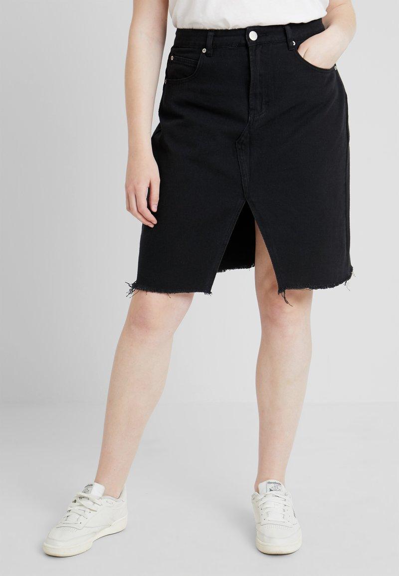 Glamorous Curve - KNEE LENGTH SKIRT WITH FRONT SLIT - Jeansskjørt - black