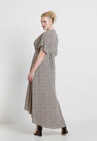 Glamorous Curve - WRAP V NECK DRESS - Maxikjole - peach/navy - 3