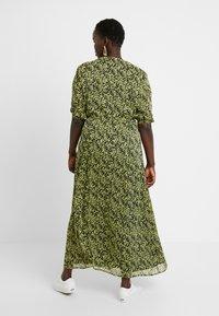 Glamorous Curve - DITSY FLORAL LONG SLEEVE WRAP DRESS - Maxi dress - yellow - 3