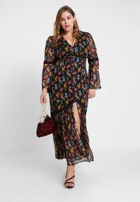 Glamorous Curve - V NECK DRESS - Robe longue - black - 2