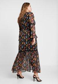 Glamorous Curve - V NECK DRESS - Robe longue - black - 3