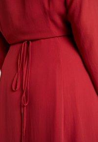 Glamorous Curve - WRAP MIDI DRESS - Sukienka letnia - red - 5