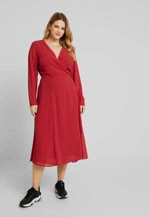 WRAP MIDI DRESS - Day dress - red