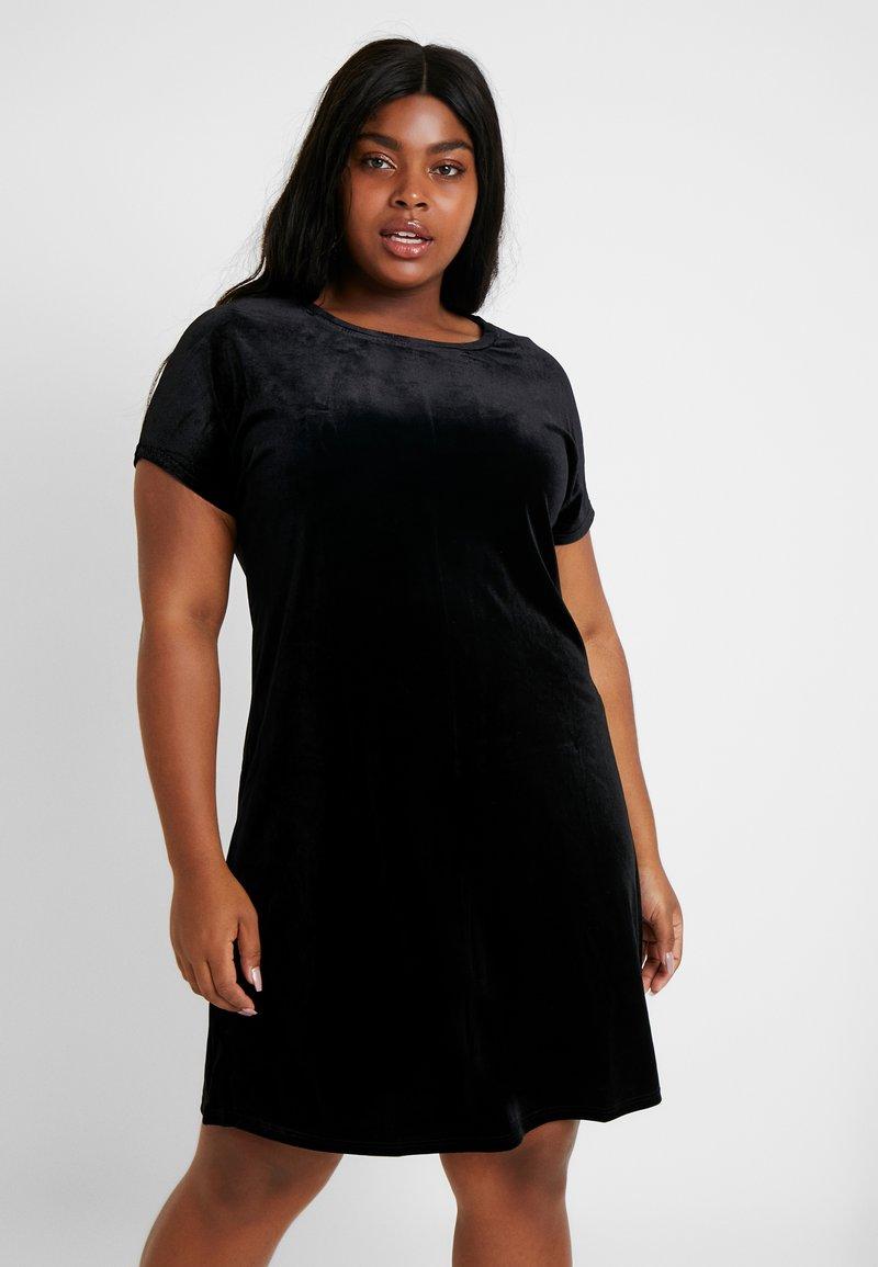 Glamorous Curve - VELVET DRESS - Vardagsklänning - black