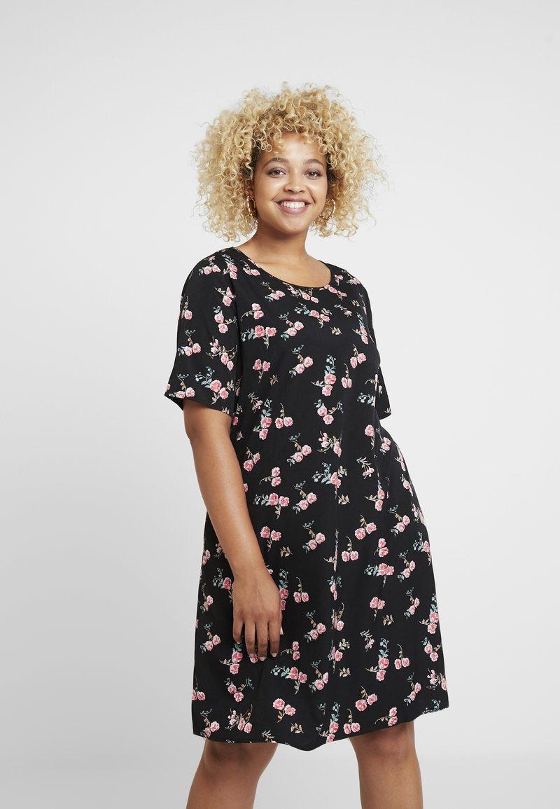Glamorous Curve - DITSY FLORAL SHIFT DRESS - Day dress - black