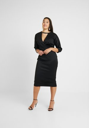 BELTED DRESS - Robe fourreau - black