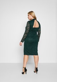 Glamorous Curve - OPEN BACK DRESS - Cocktail dress / Party dress - green - 2