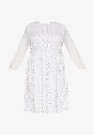 BRODERIE DRESS - Kjole - ivory