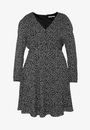 SKATER DRESS - Korte jurk - black white geo