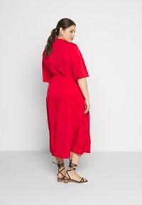 Glamorous Curve - TIE WAIST SHIRT DRESS - Shirt dress - coral red - 2