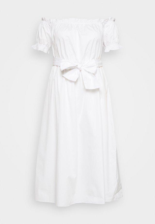 POPLIN TIE WAIST BARDOT - Vapaa-ajan mekko - white
