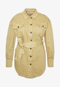 Glamorous Curve - TIE WAIST SHACKET - Denim jacket - ivory - 4