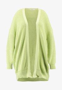 Glamorous Curve - CARDIGAN - Gilet - wasabi green - 4