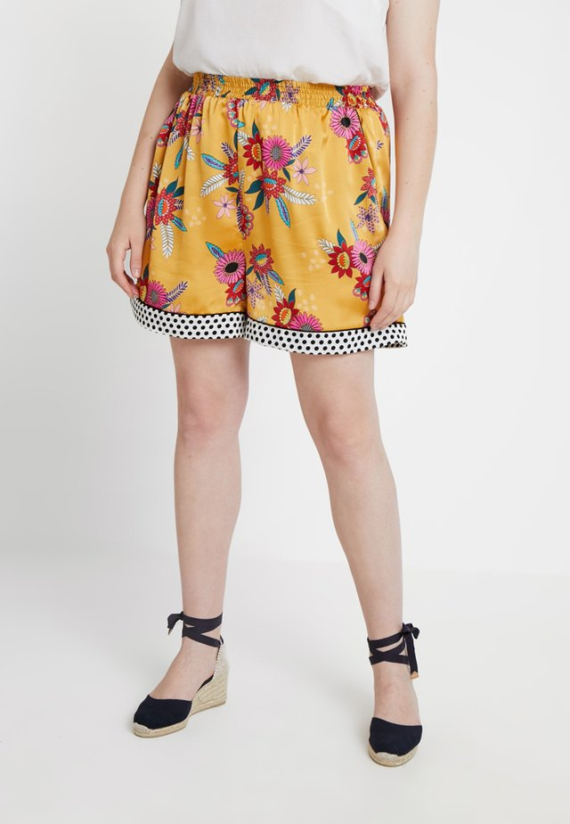 FLORAL WITH CONTRASTING HEM - Shorts - ochre