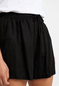Glamorous Curve - Shorts - black - 5