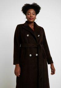 Glamorous Curve - MASCULINE COAT - Mantel - chocolate - 0