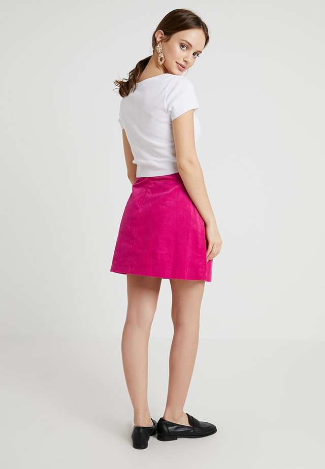 FUSCHIA BELT SKIRT - Minirock - pink