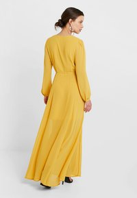 Glamorous Petite - WRAP MIDI DRESS - Maxi dress - yellow - 2