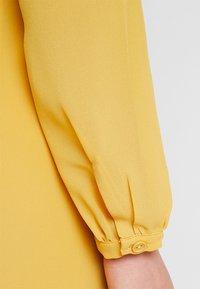 Glamorous Petite - WRAP MIDI DRESS - Maxi dress - yellow - 3